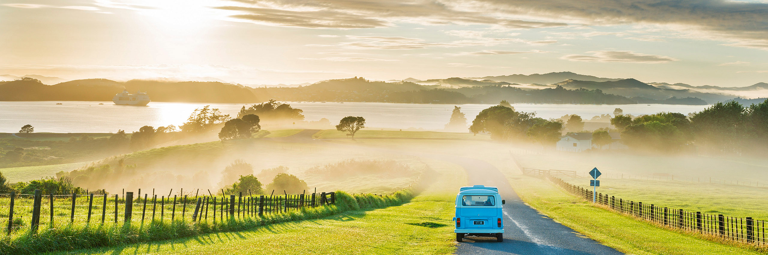 FCR-487092 | New Zealand/North Island, Bay of Islands | © Justin Foulkes/4Corners