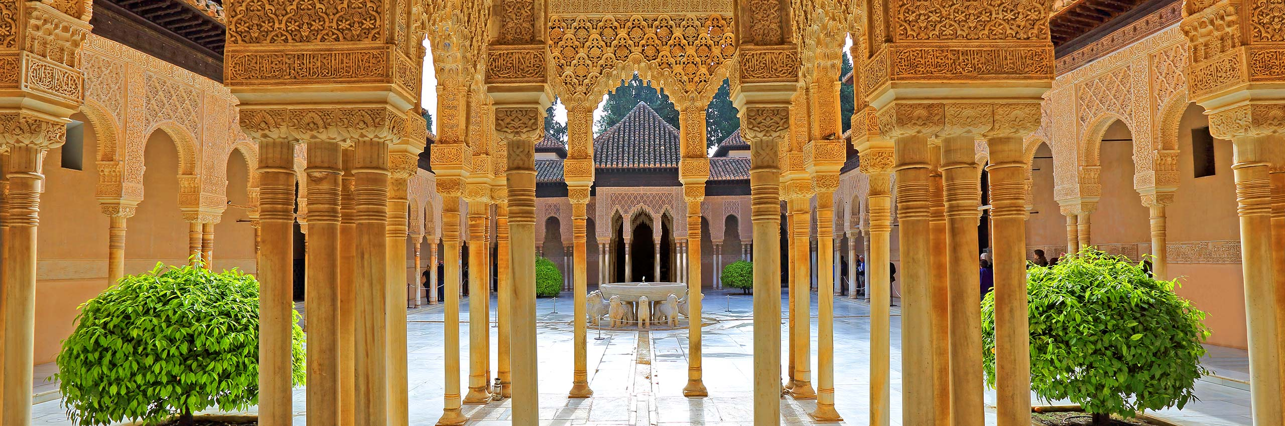 BVH-20431277 | ESP/Andalusia, Granada, Alhambra, Court of the Lions | © Günter Gräfenhain/4Corners